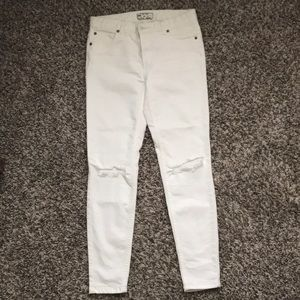 Free People High Waisted White Jeans Sz 27